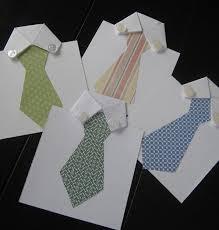 clásica tarjeta con forma de camisa