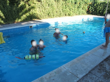 baños en la piscina