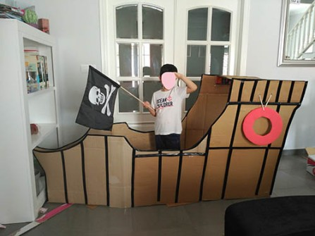 Barco pirata de cartón para fiesta de cumpleaños infantil