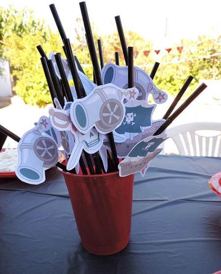 Pajitas con motivos pirata para fiesta de cumpleaños infantil