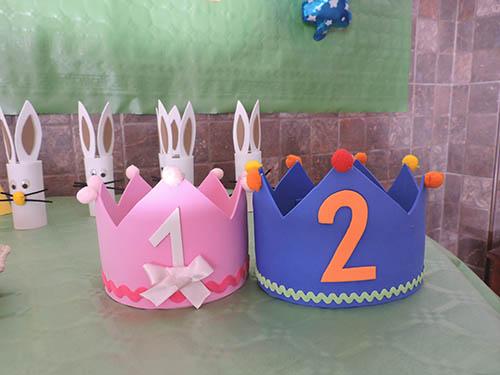Corona de goma eva para cumpleaños infantil