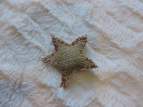 Estrella de navidad con tela de saco